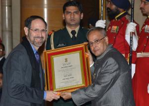 Prof. Robert Goldman receives the 2013 President's Certificate of Honour for Sanskrit
